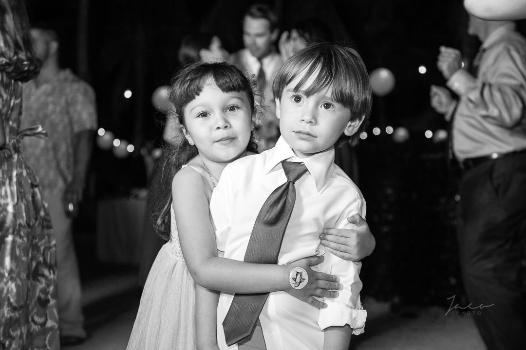 Yvette and Jorge Sneak Peek 0016_.jpg