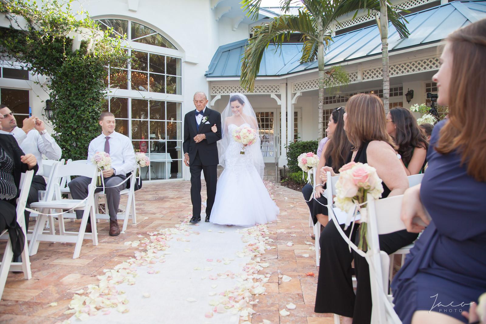 Mary and Jeff's Wedding 0591-X3.jpg