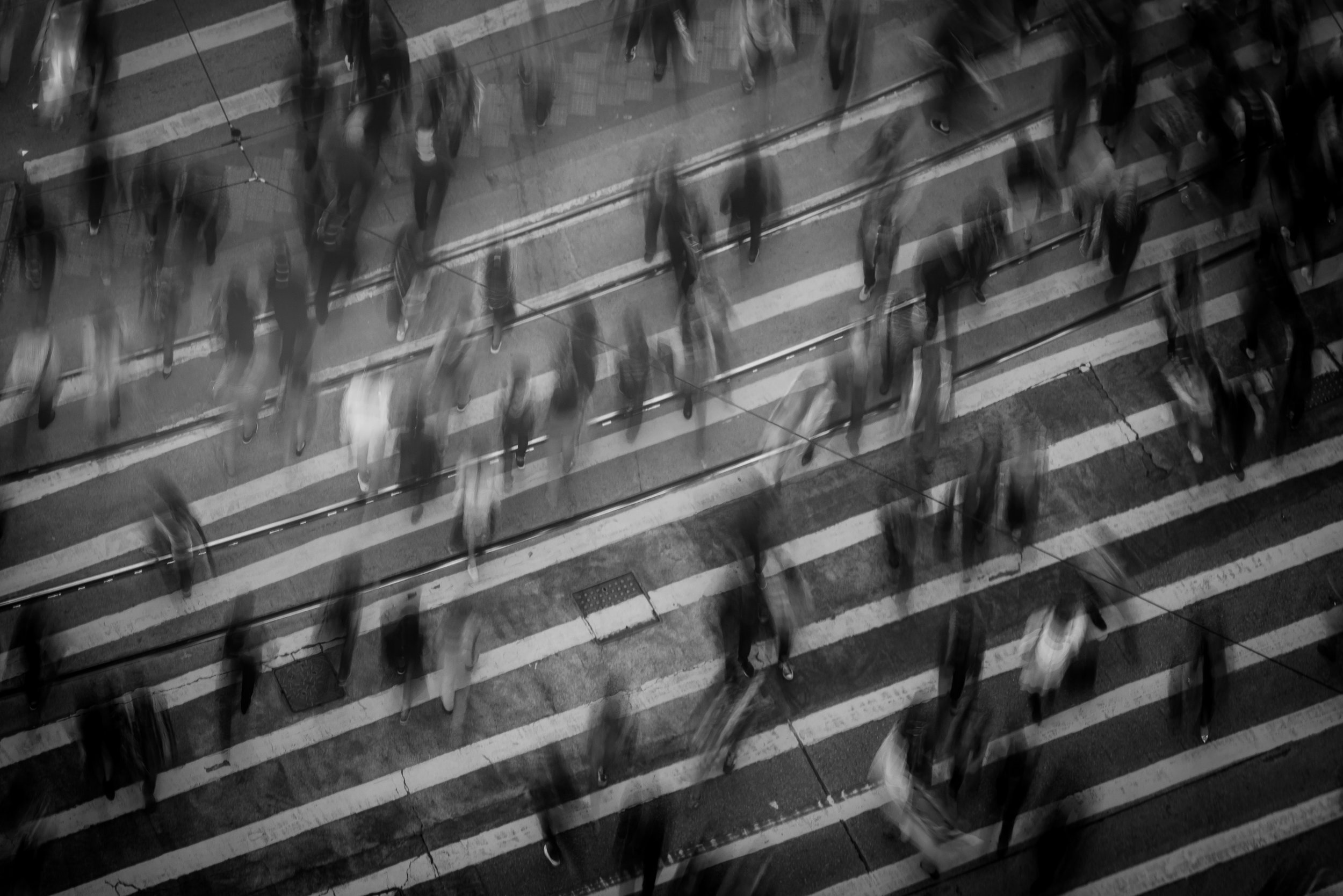 black-and-white-city-crosswalk-842339.jpg