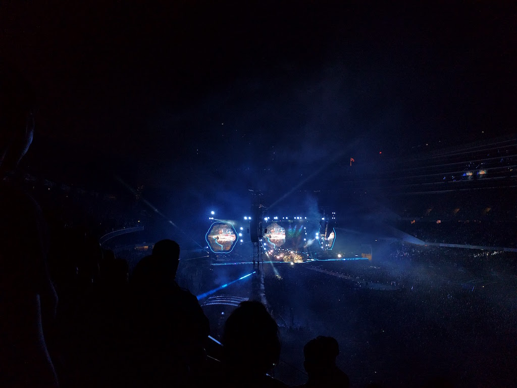 july : coldplay in chicago (bucket list complete)