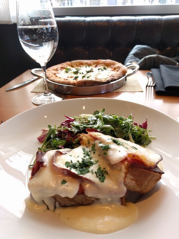 I grabbed lunch with a friend at one of Tom and my favorite restaurants - always yummy and fun to share it with a friend!