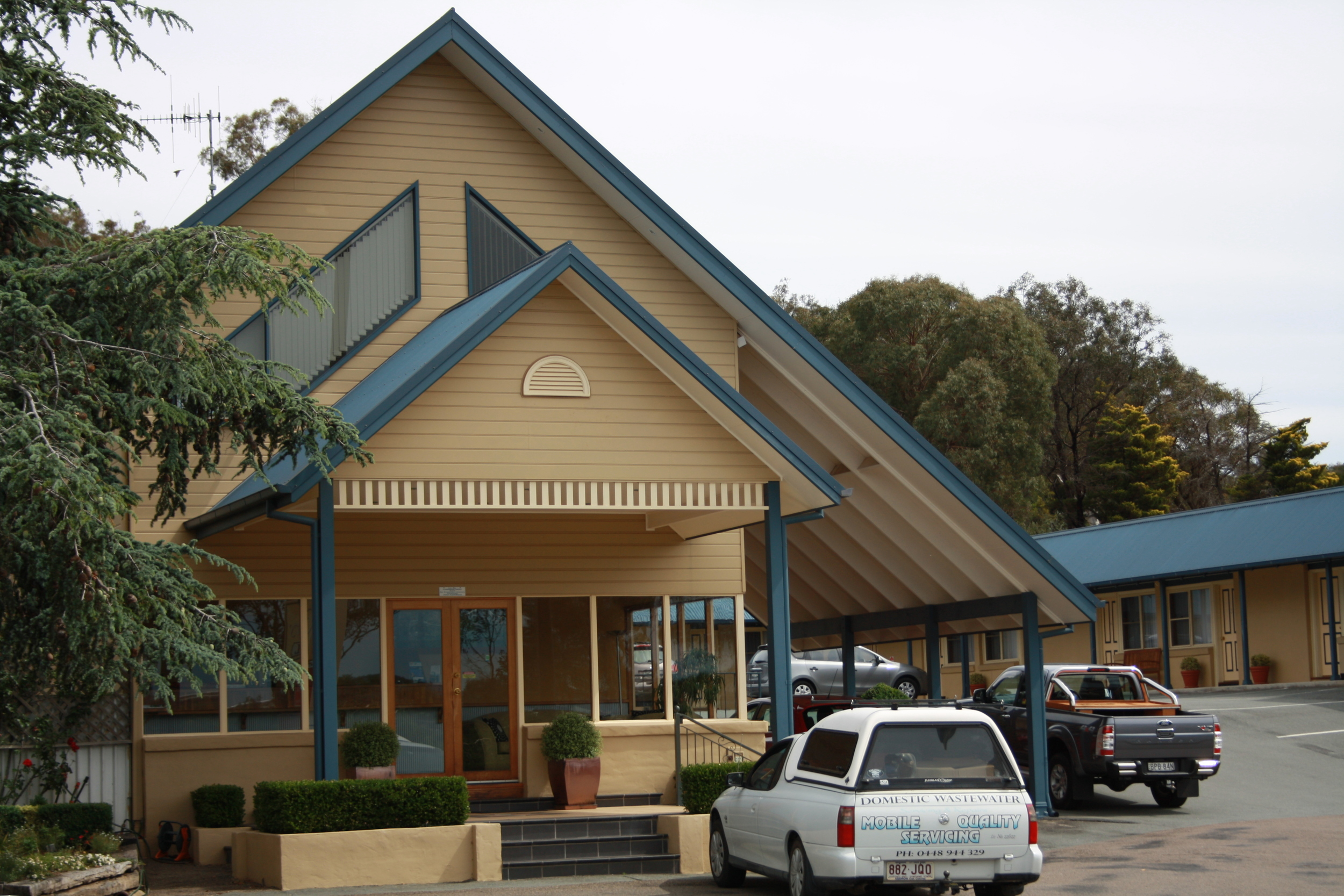Andrew_Economos_Custom_Builder_Bowral_NSW_Australia_Country_Hotel_5.JPG