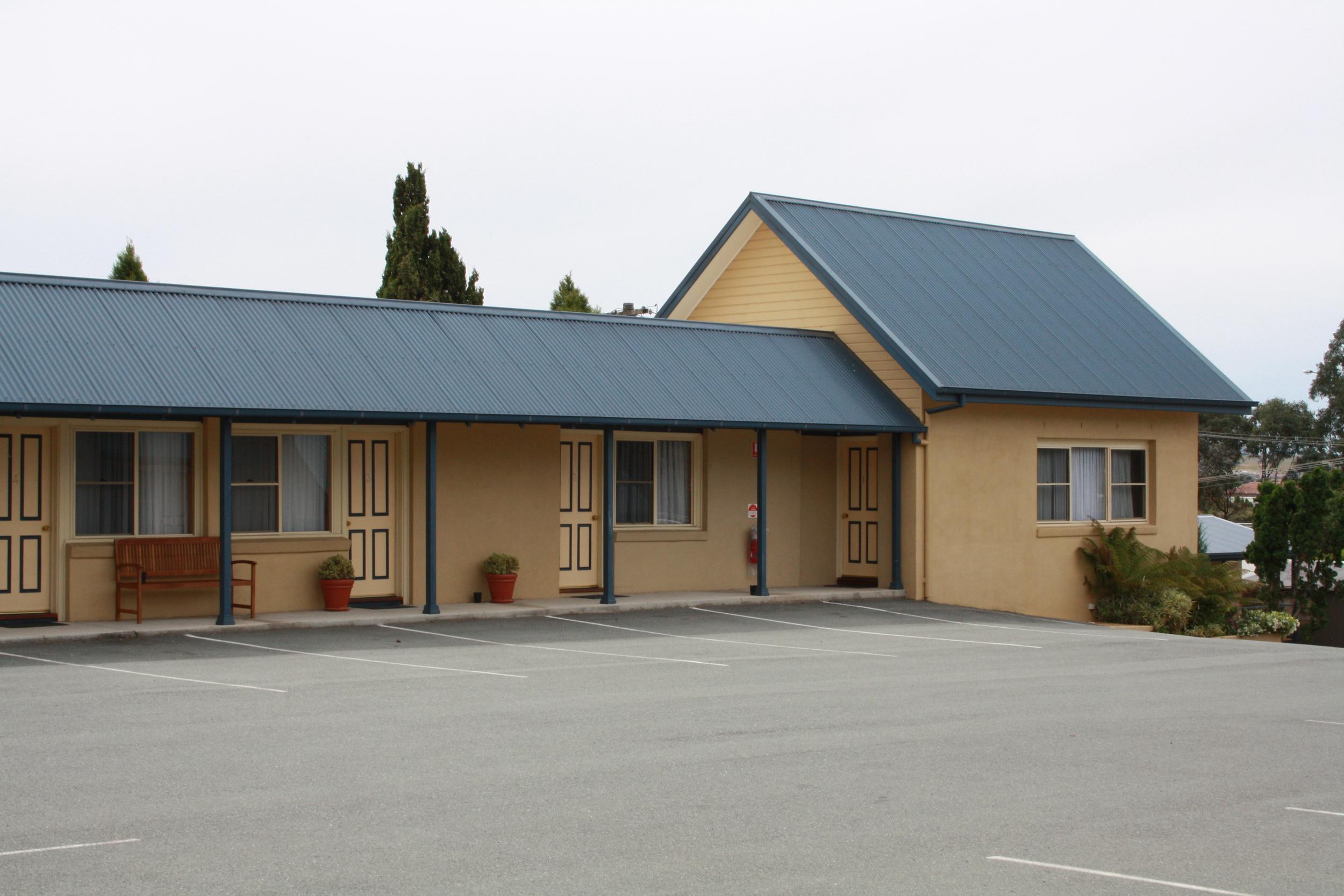 Andrew_Economos_Custom_Builder_Bowral_NSW_Australia_Country_Hotel_7.JPG