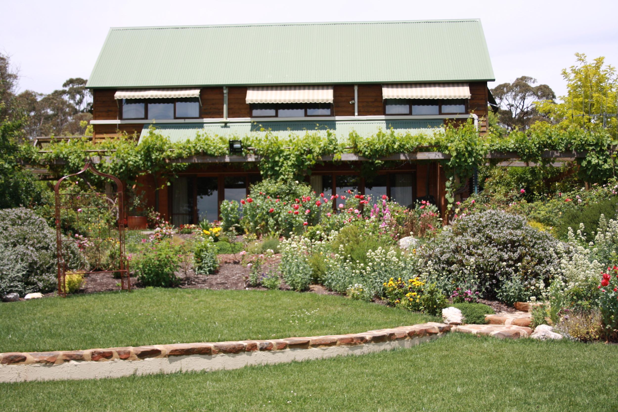 Andrew_Economos_Custom_Builder_Bowral_NSW_Australia_Earth_Home_8.JPG