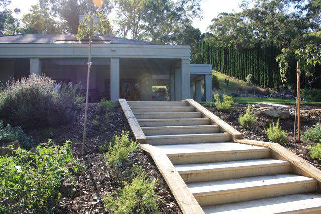 Andrew_Economos_Custom_Builder_Bowral_NSW_Australia_Landscaping_5.jpg