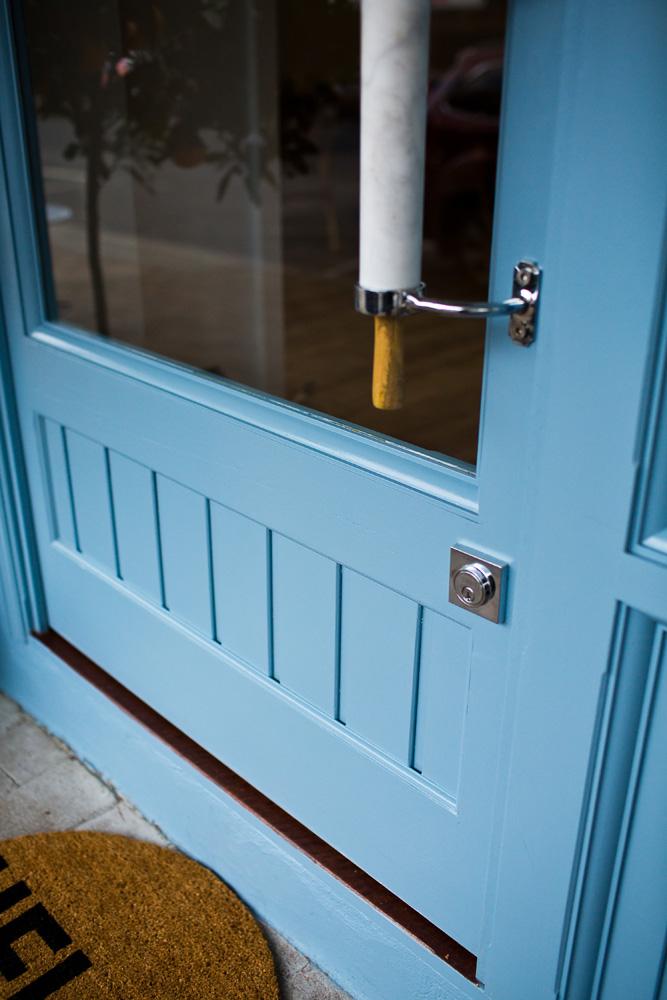 front door close up.jpg