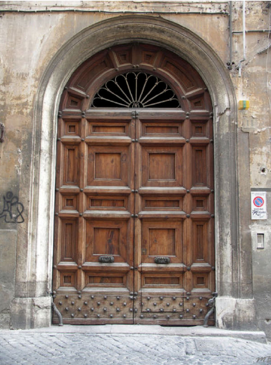 Doorway along the Siene