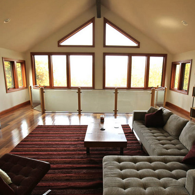 AIRBNB HOME #4385544    Sleeps 9-10. 2 Kings and 2 Queens. 2 Large Sectionals for groups larger than 8. Total of $1,800 for 2 nights.