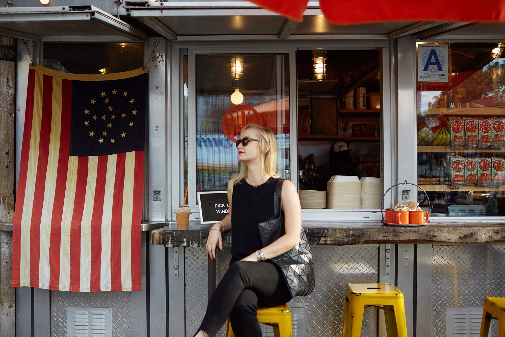 Facebook - 2017.10 - New York Day In The Life - 0686 copy.jpg