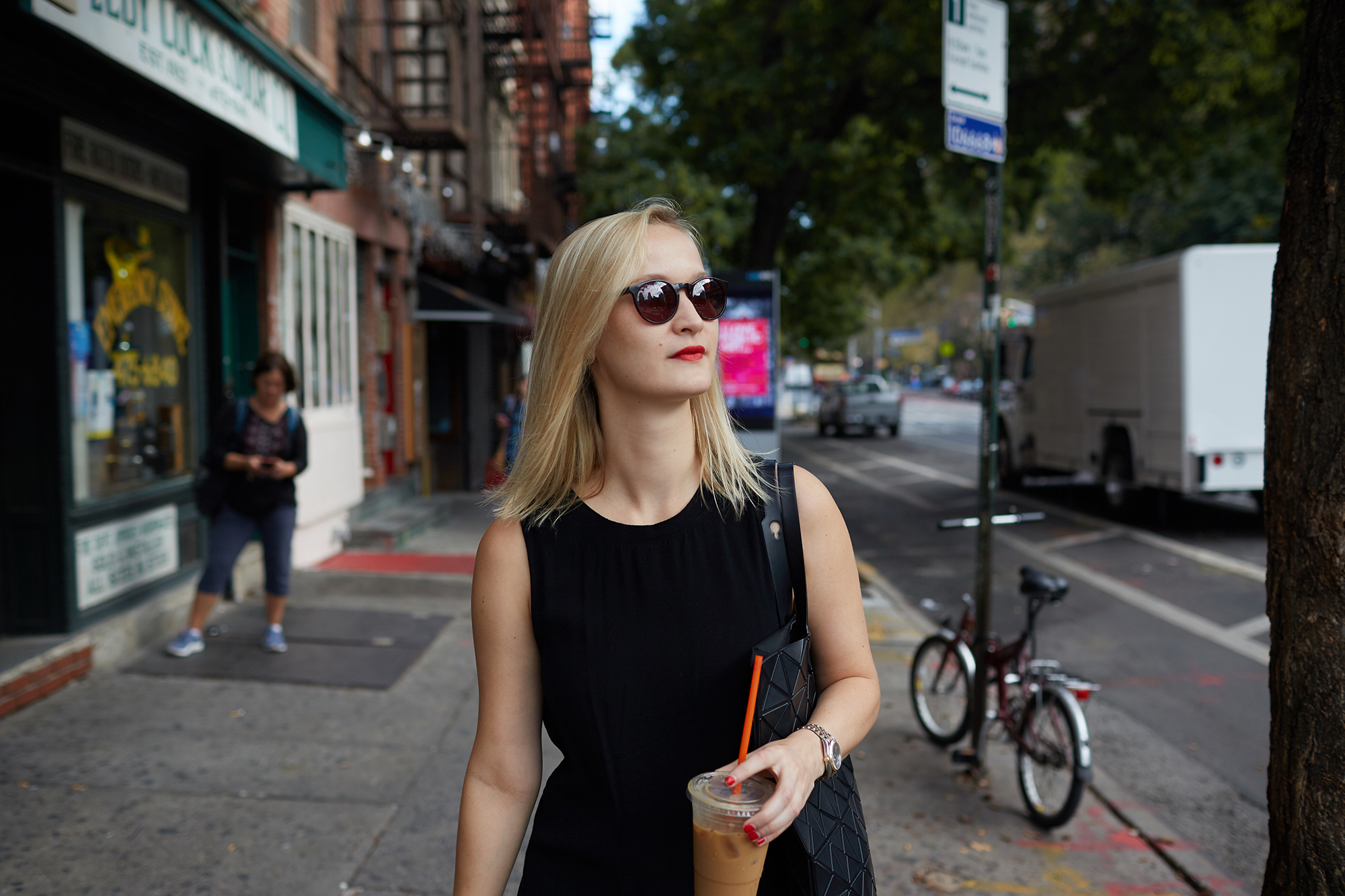 Facebook - 2017.10 - New York Day In The Life - 0735 copy.jpg