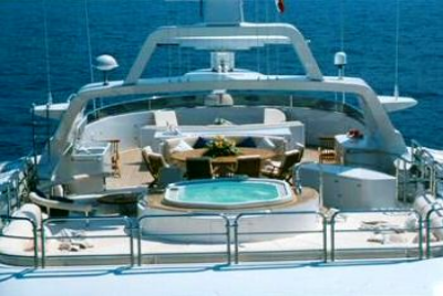 Superyacht More Pool