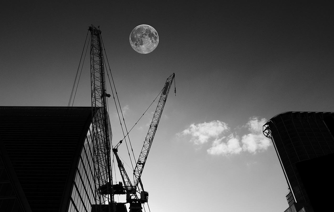 to-the-moon-vladimir-petek-photography.jpg