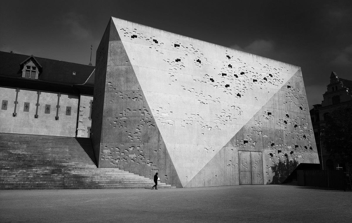 titan-building-vladimir-petek-photography.jpg