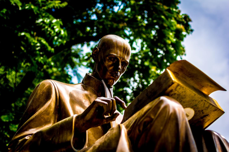 statue reading.jpg