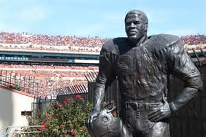 Statue of Earl Campbell- 1977- SN Player of the Year