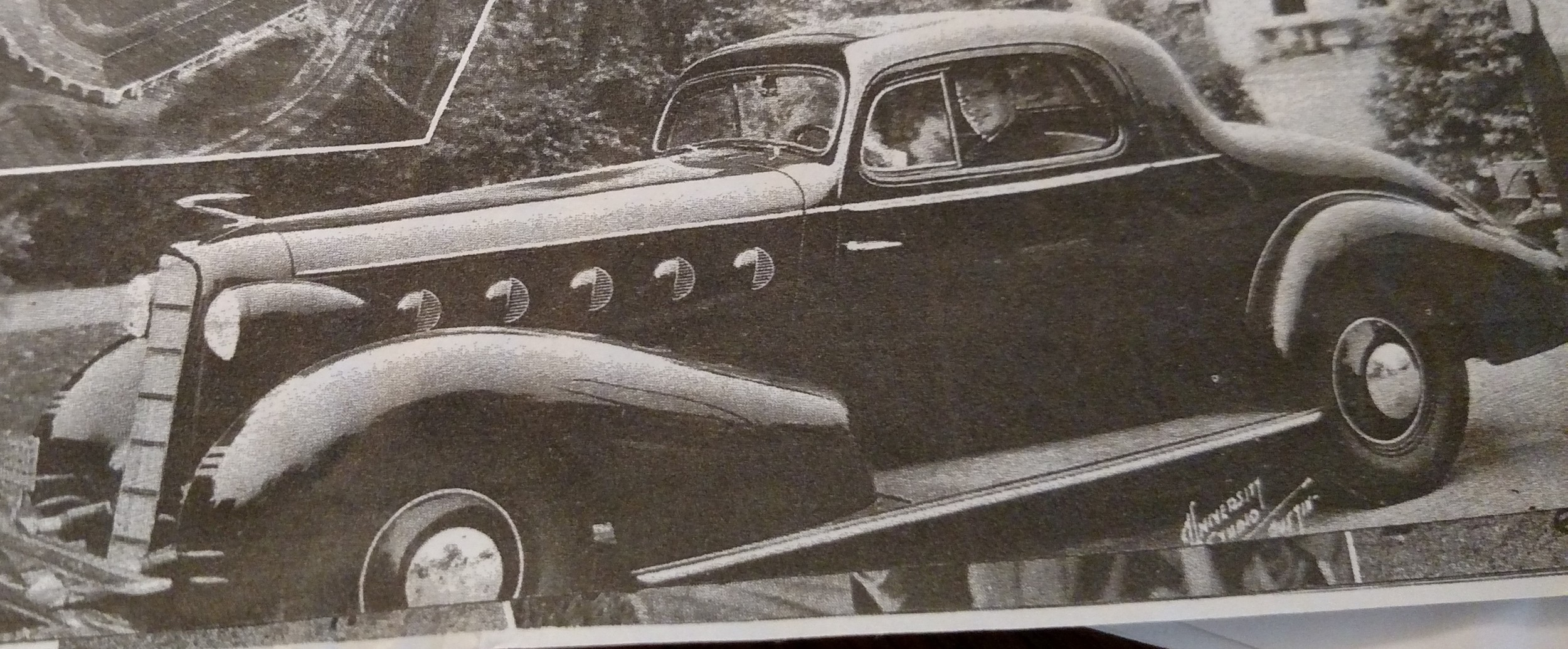 Coaches new LaSalle coupe car given to him by the Civic Testimonial Banquet attended by the Governor, the Austin mayor, UT President and 300 fans.