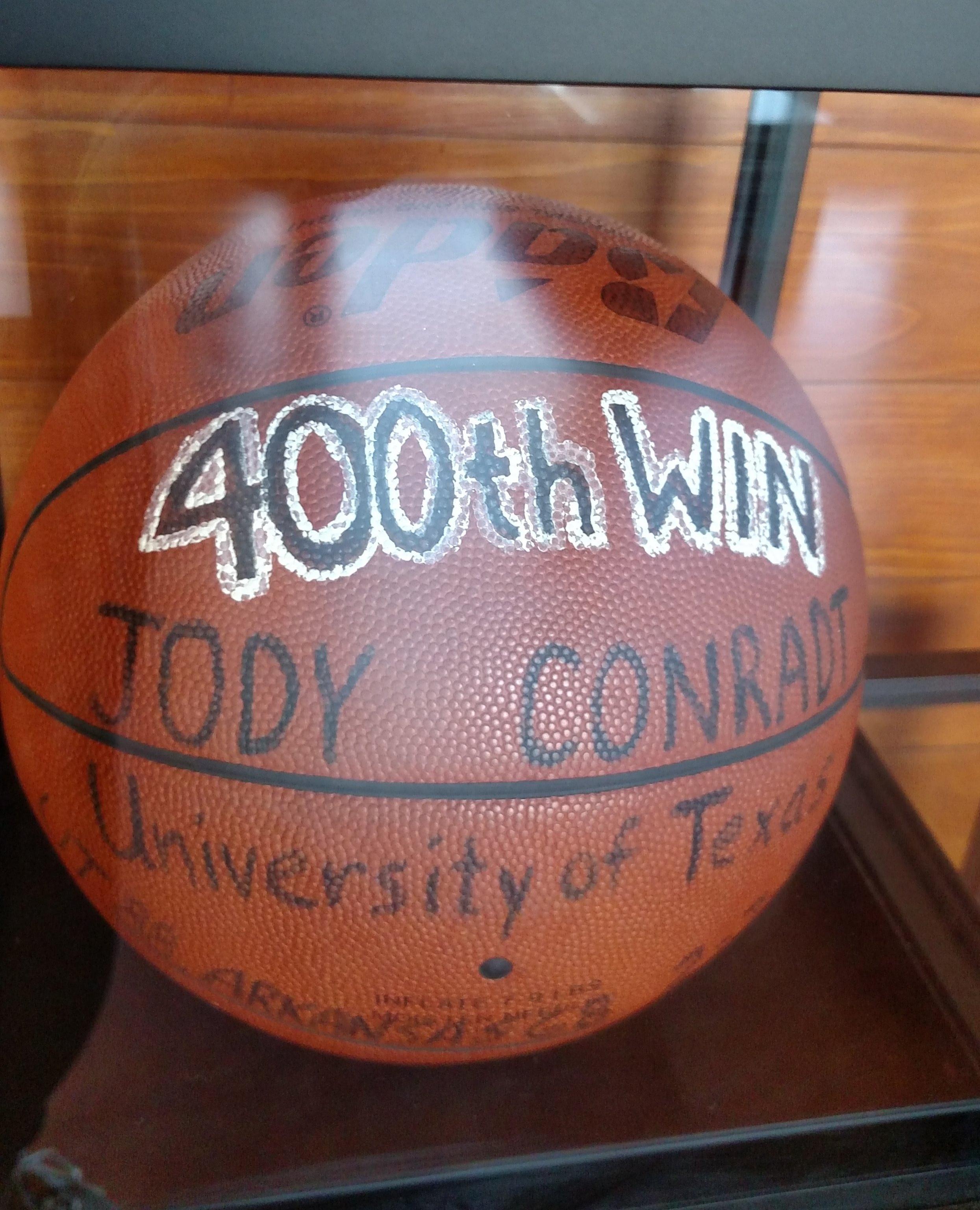 400 wins