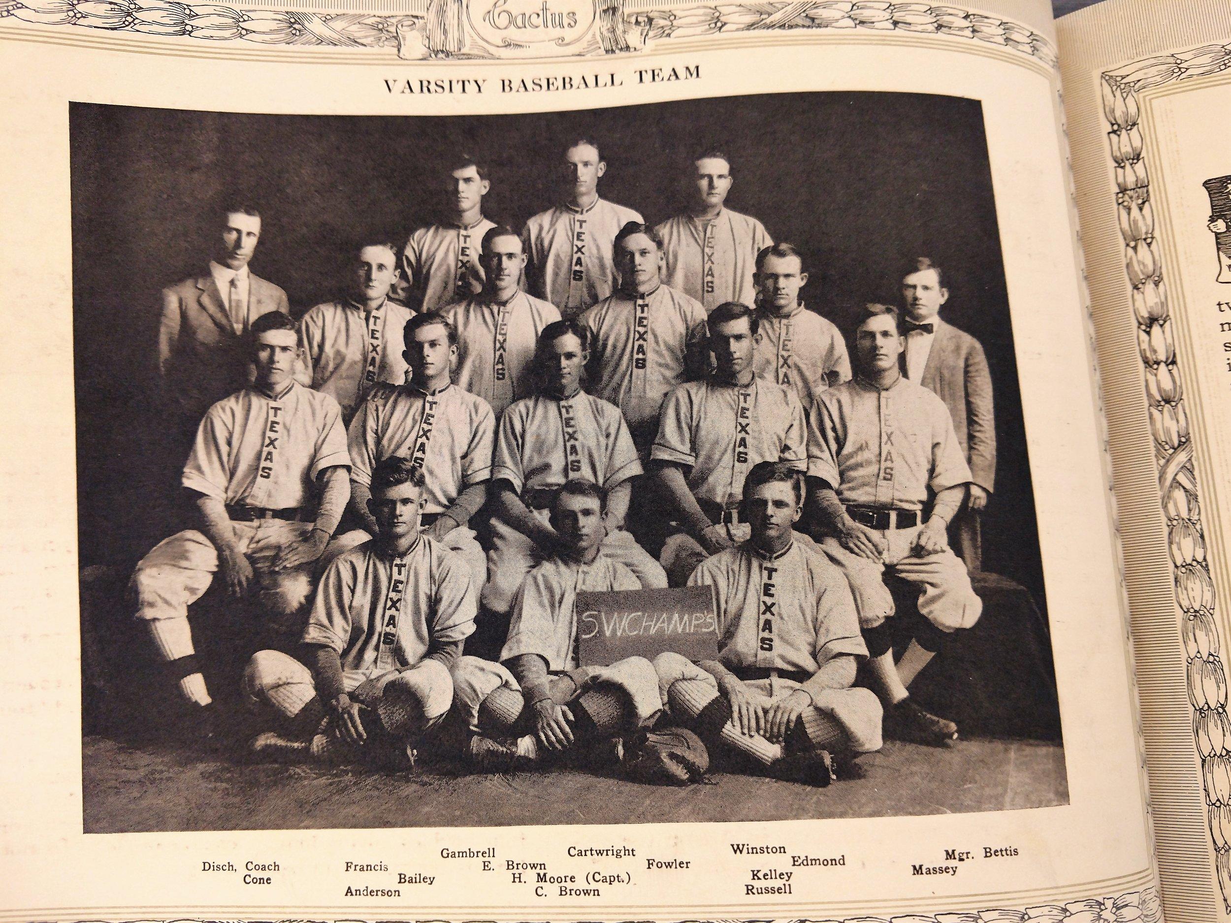 1913 m. baseball.jpg