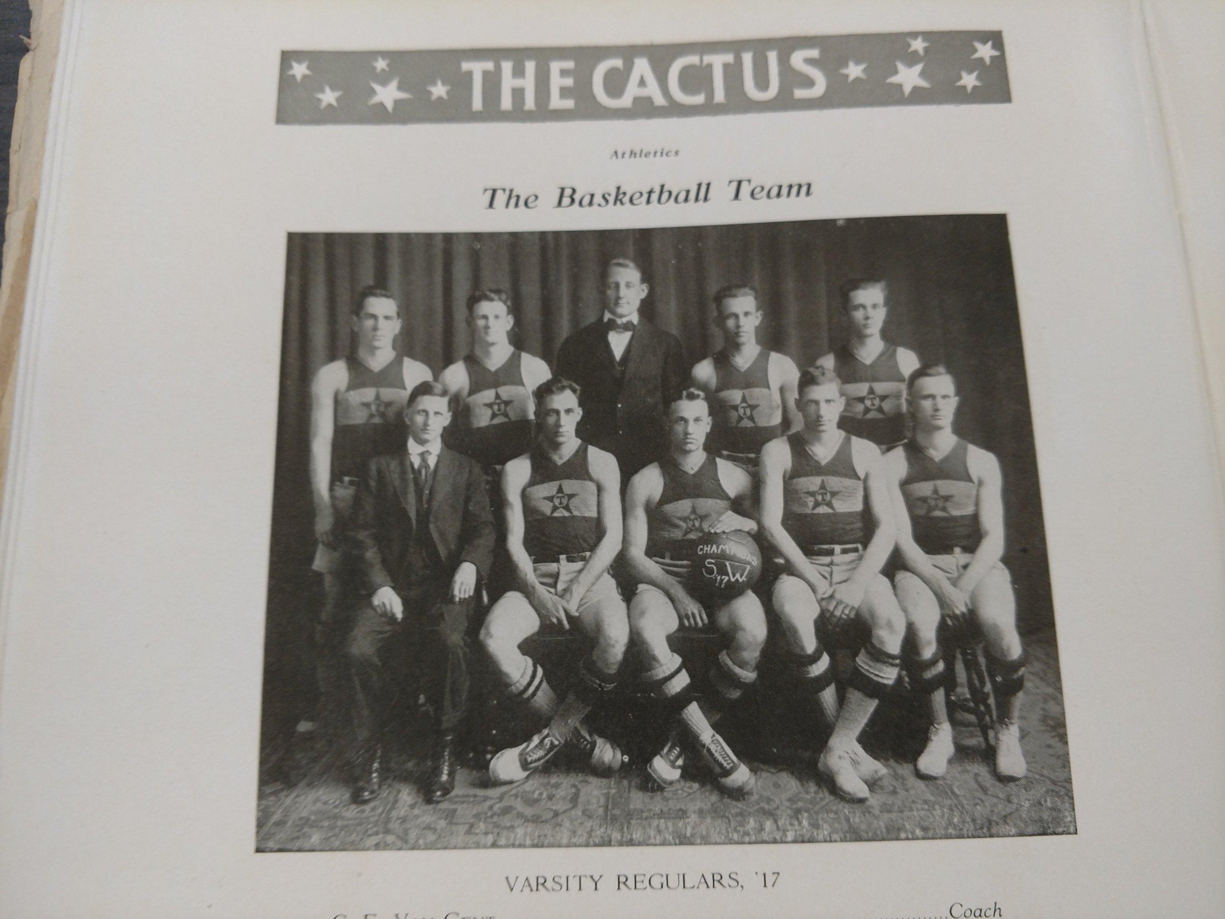 1917 m. basketball.jpg