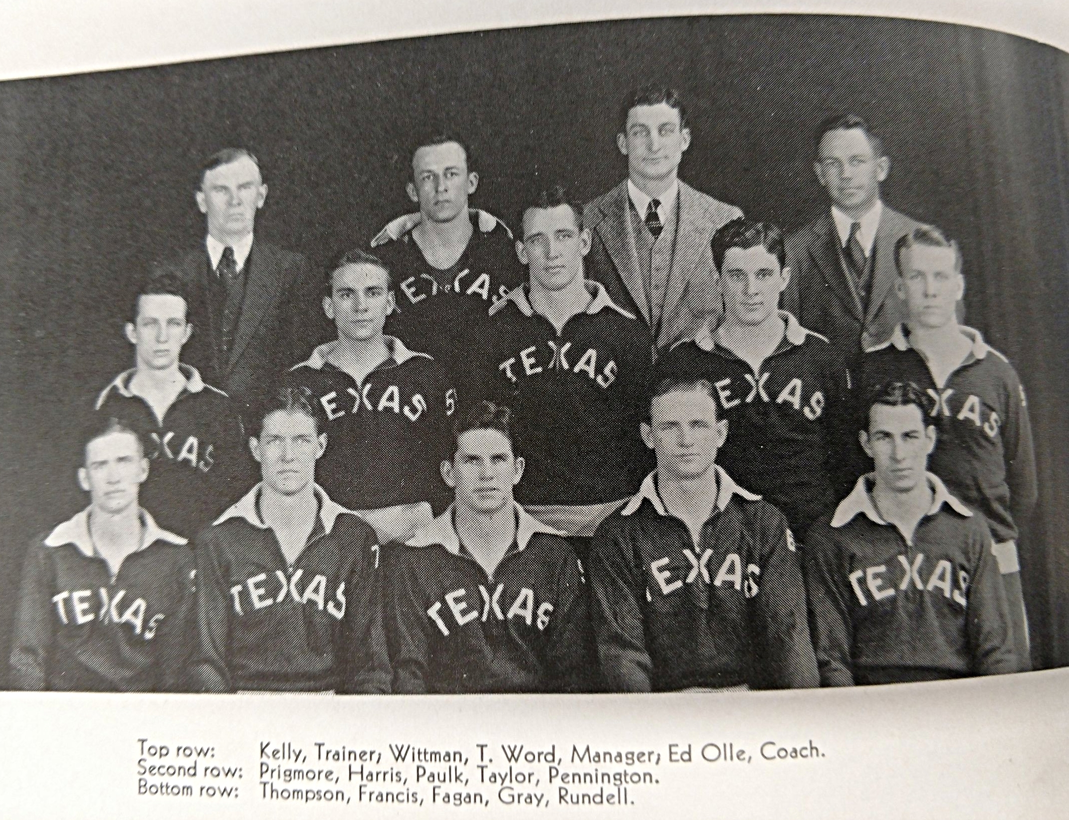 1932-1933 basketball  (19).jpg