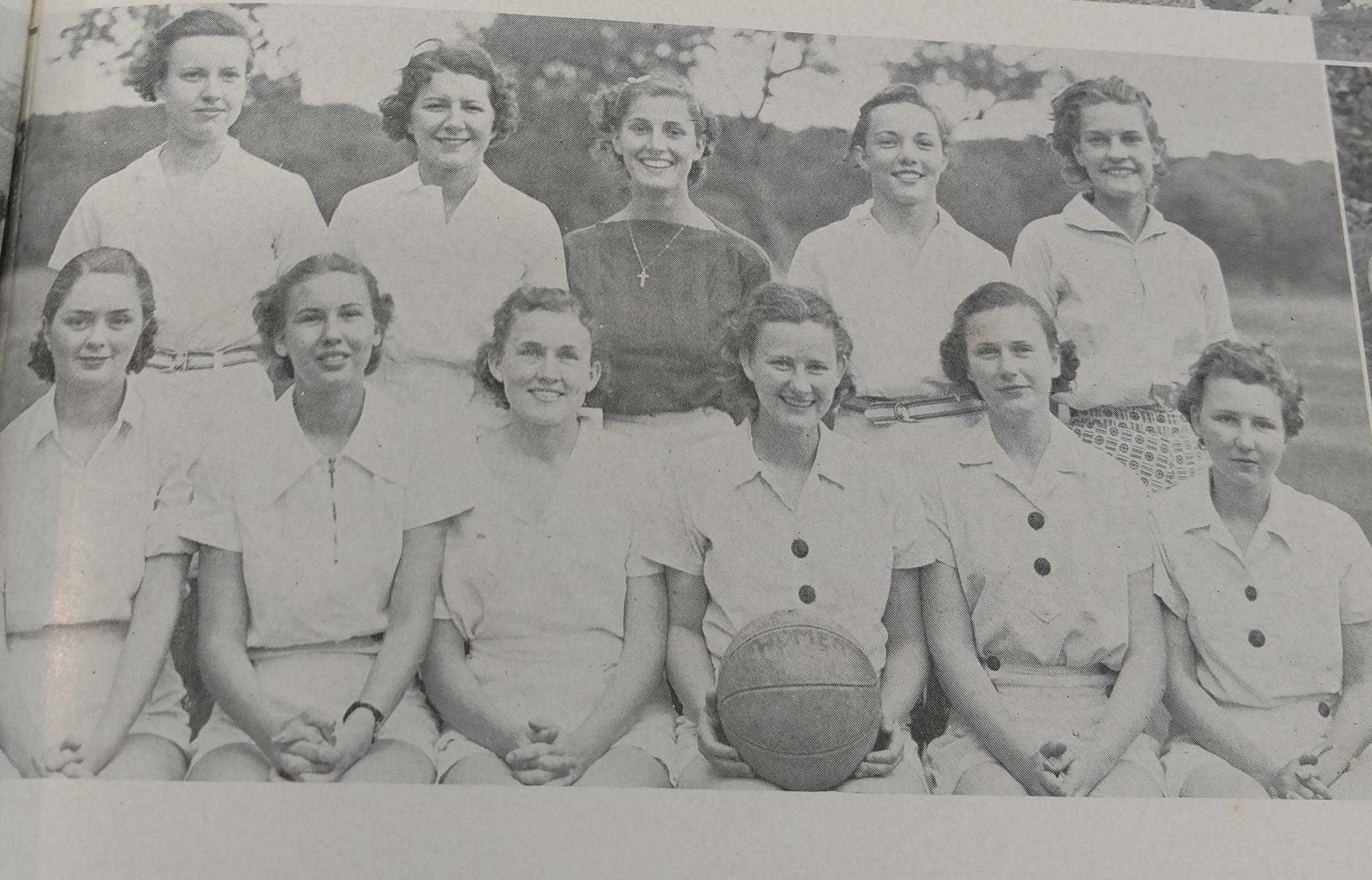 1936 WOMEN (3).jpg