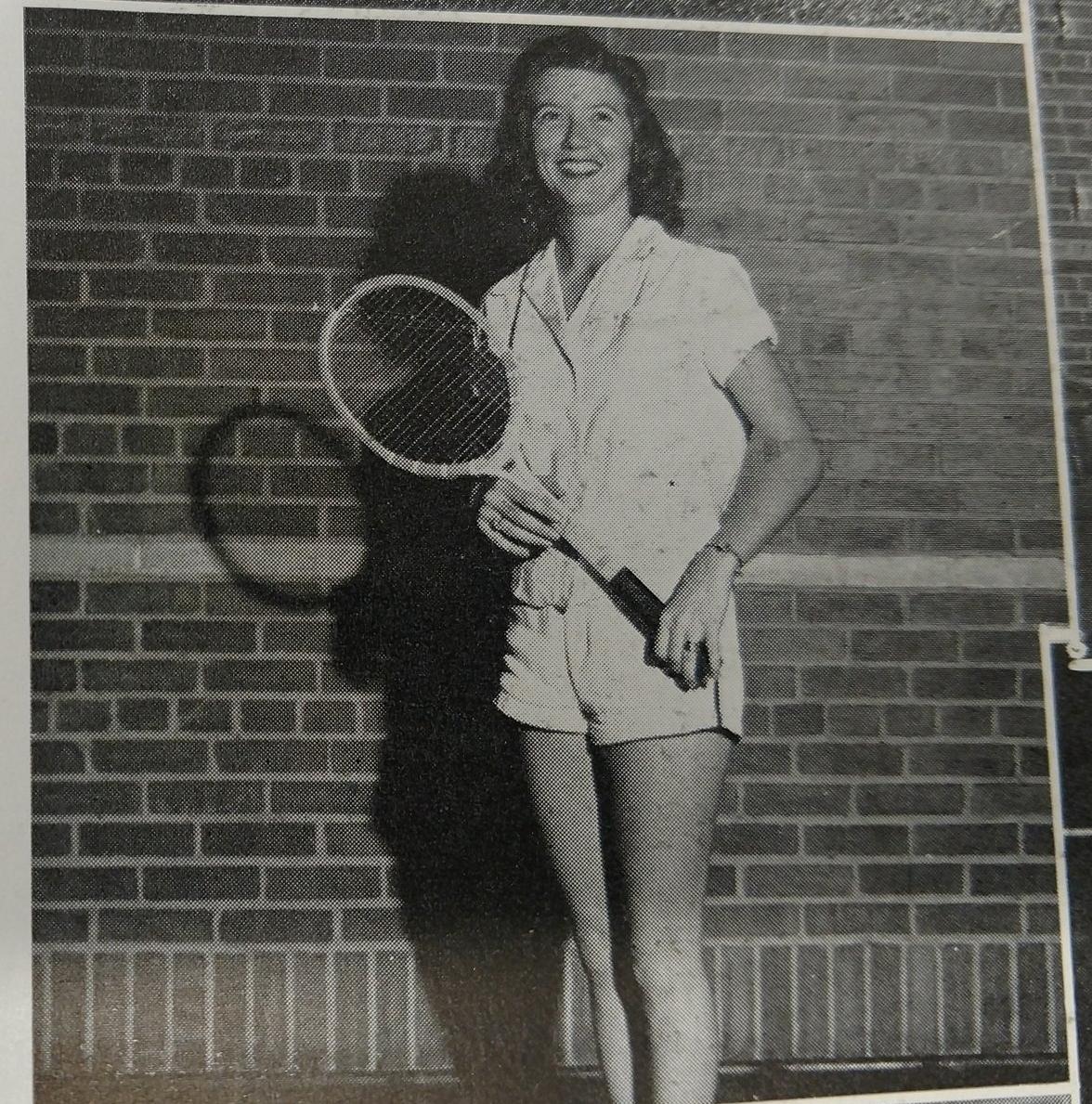 Copy of Peggy Vilbig - Tennis singles champ