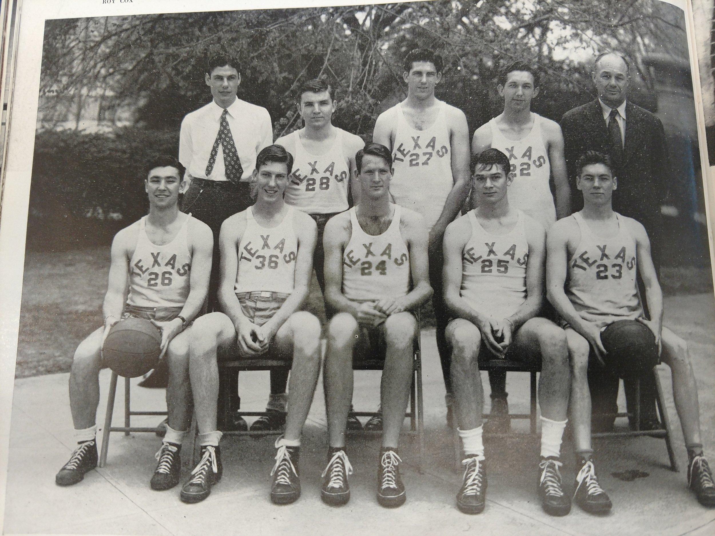 Basketball 1943 1944 (6).jpg