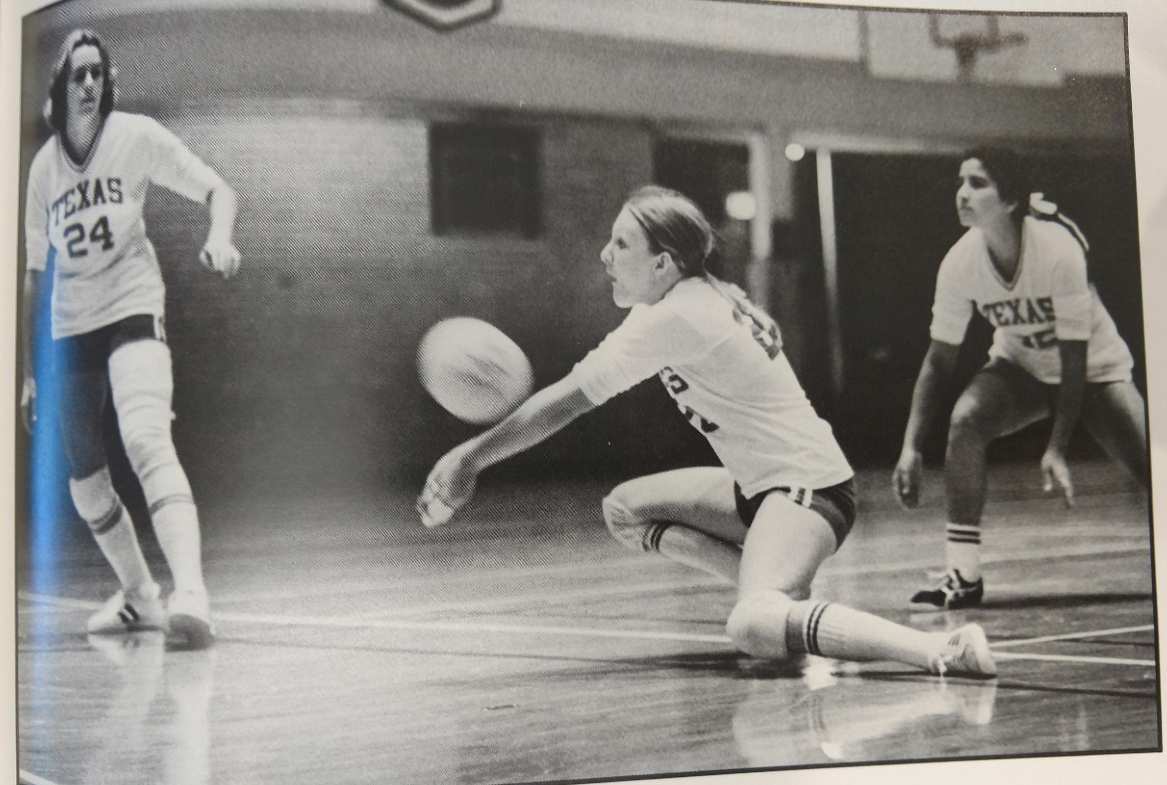 1977  Jan Dike sets