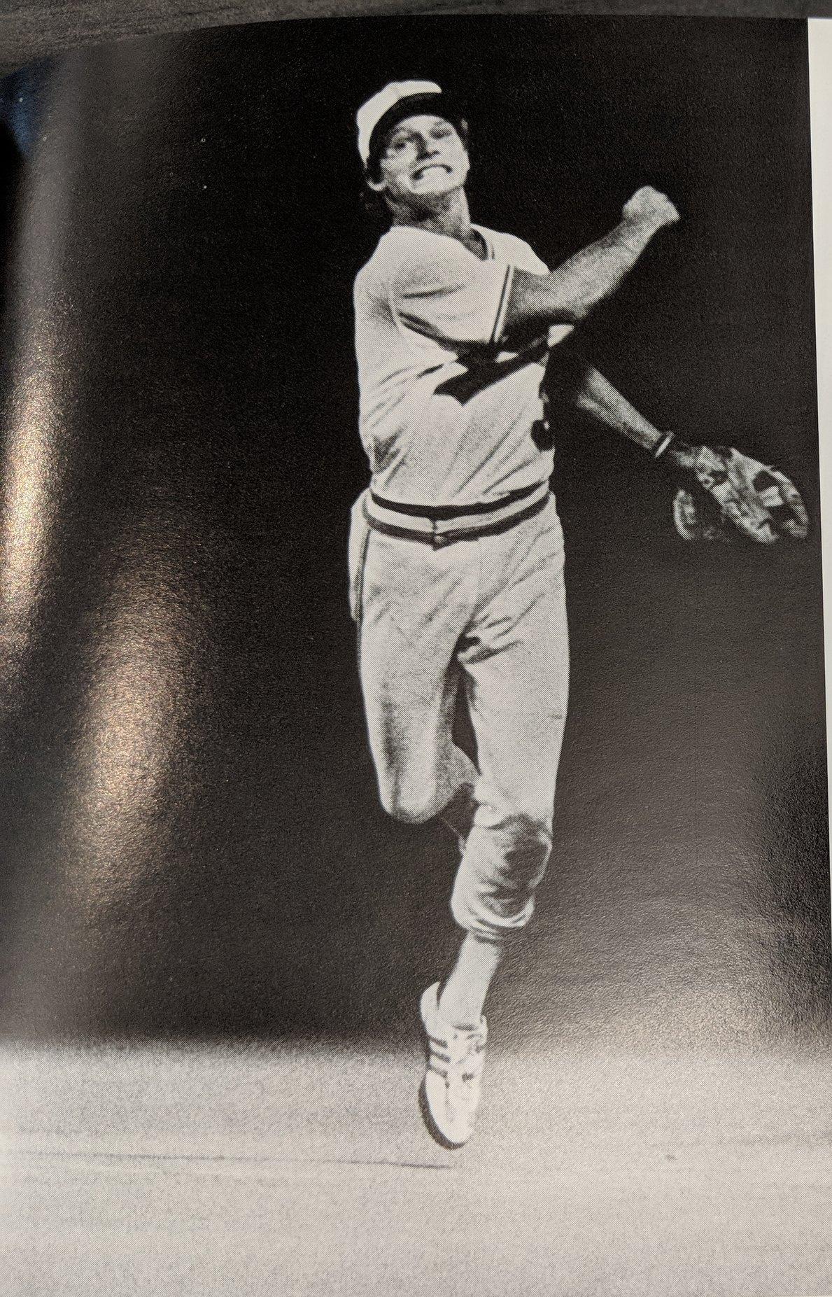 Shortstop Mike Brumley