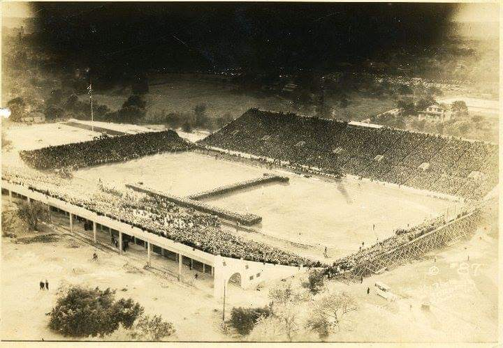 1930's Longhorn stadium