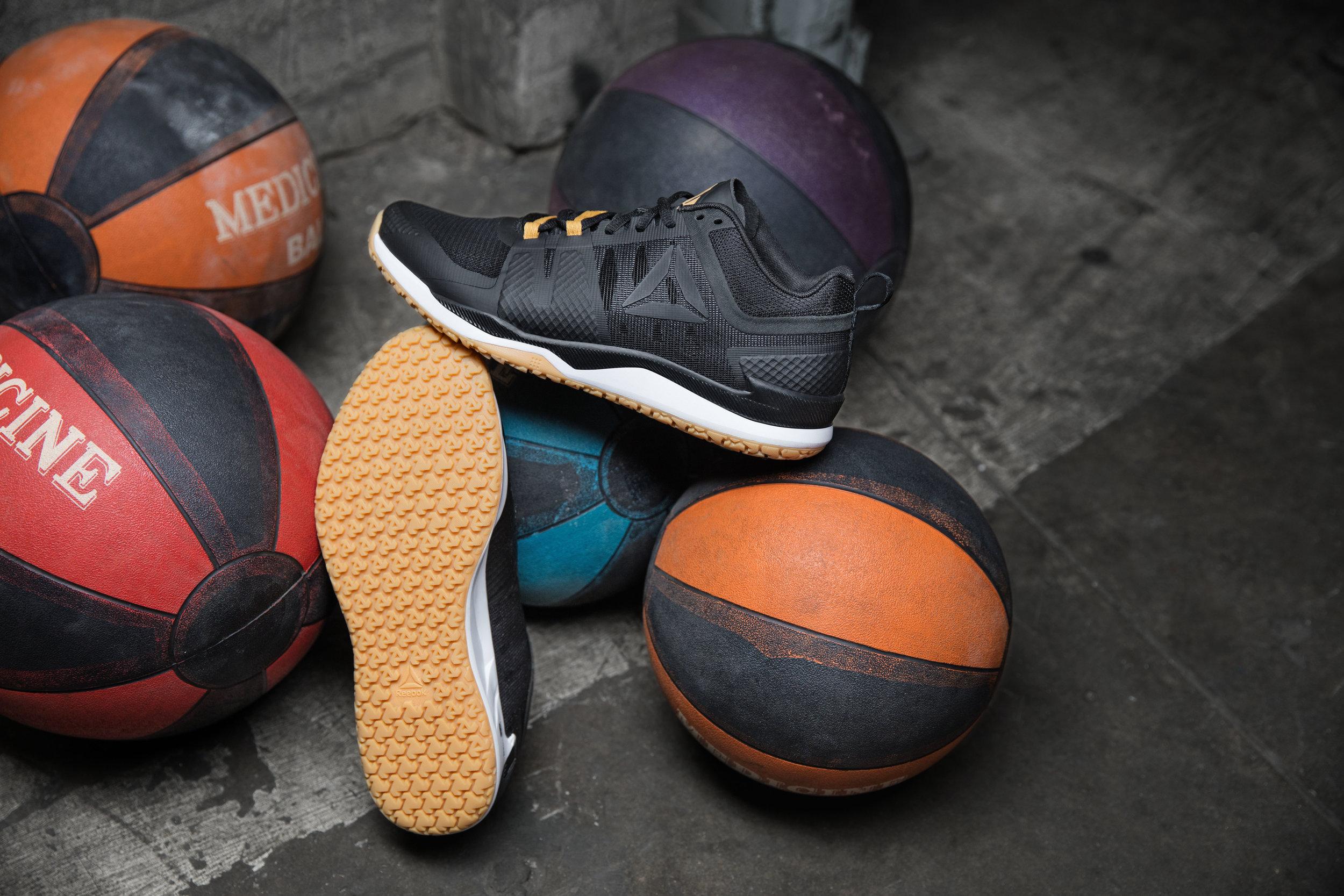 Shoes4226_a@465.jpg