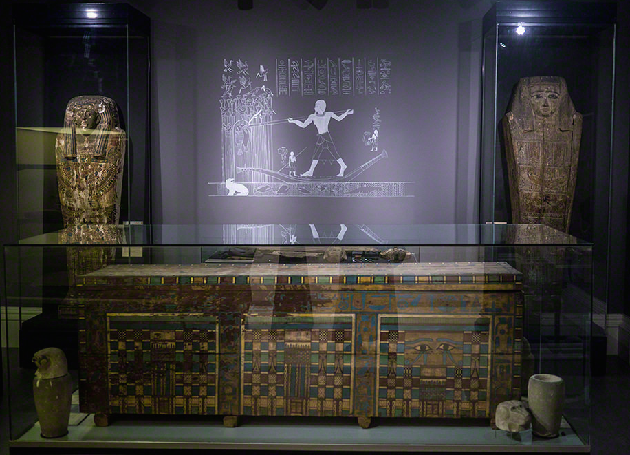 the interior room of the Garstang Museum, with coffin of Userhat. Image courtesy of  Julia Thorne .