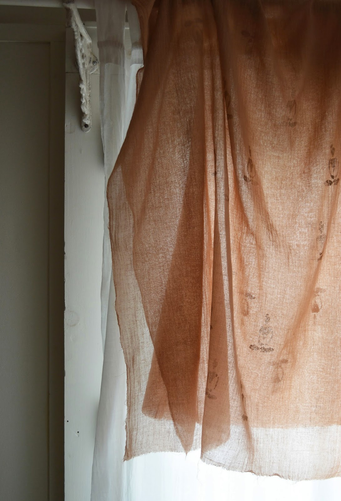 natural dyeing with cutch