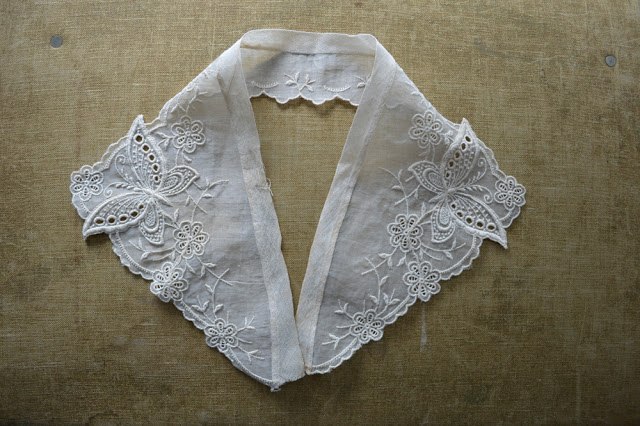 lace+butterfly+collar+4.jpg