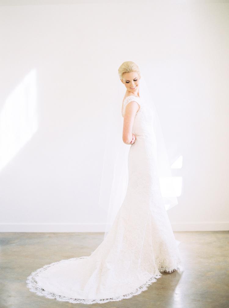 AUSTIN-FINE-ART-WEDDING-PHOTOGRAPHER-PHOTO.jpg