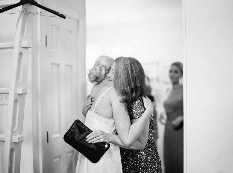 AUSTIN NATURAL LIGHT WEDDING PHOTOGRAPHER-1000-4.jpg