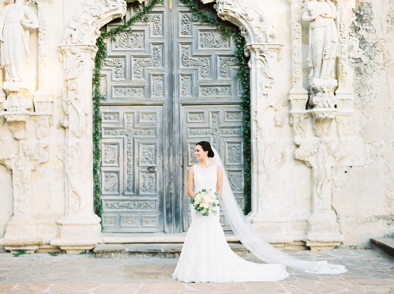 AUSTIN WEDDING PHOTOGRAPHER-17.jpg