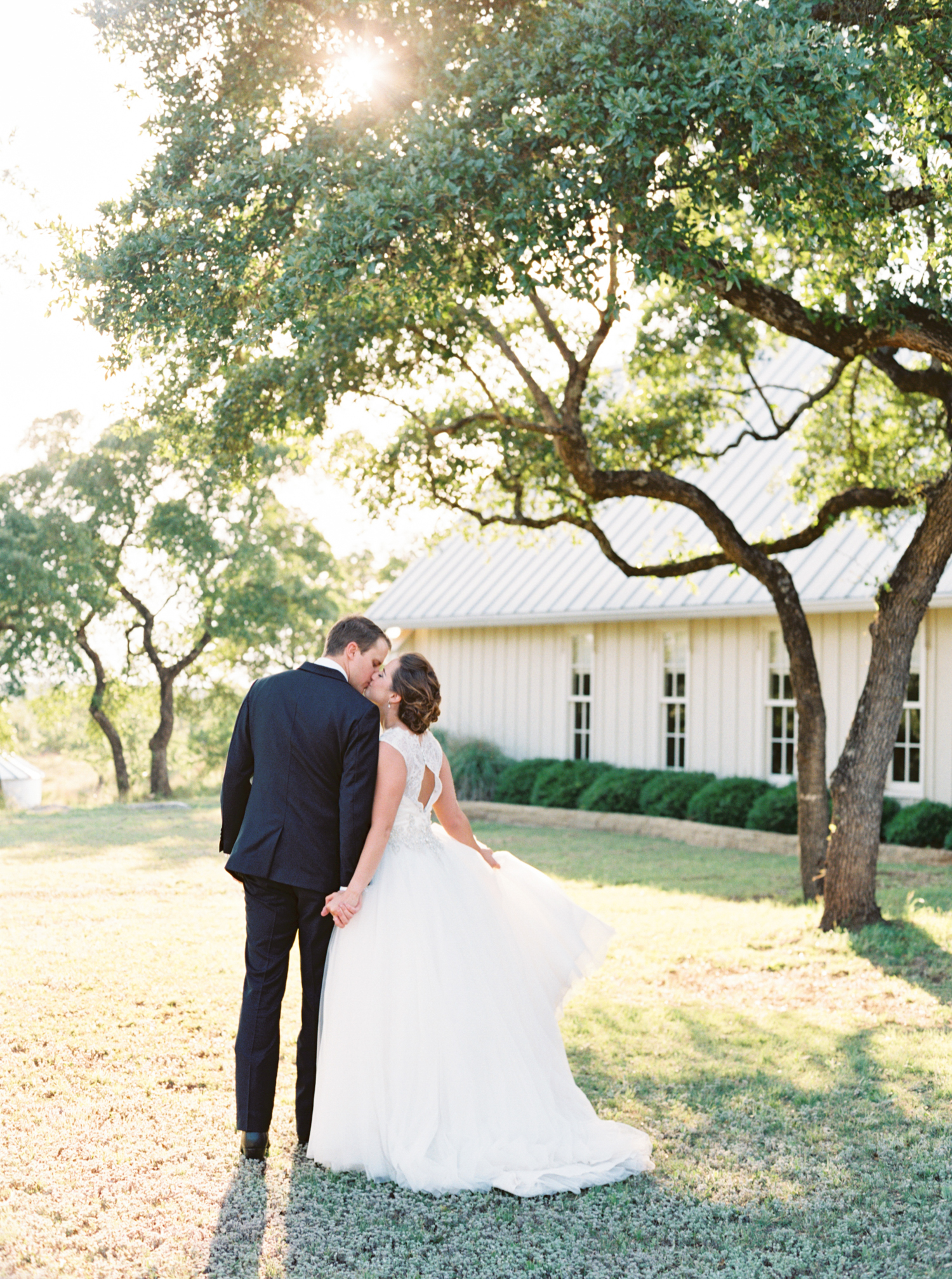 AUSTIN WEDDING PHOTOGRAPHER PHOTO-81.jpg