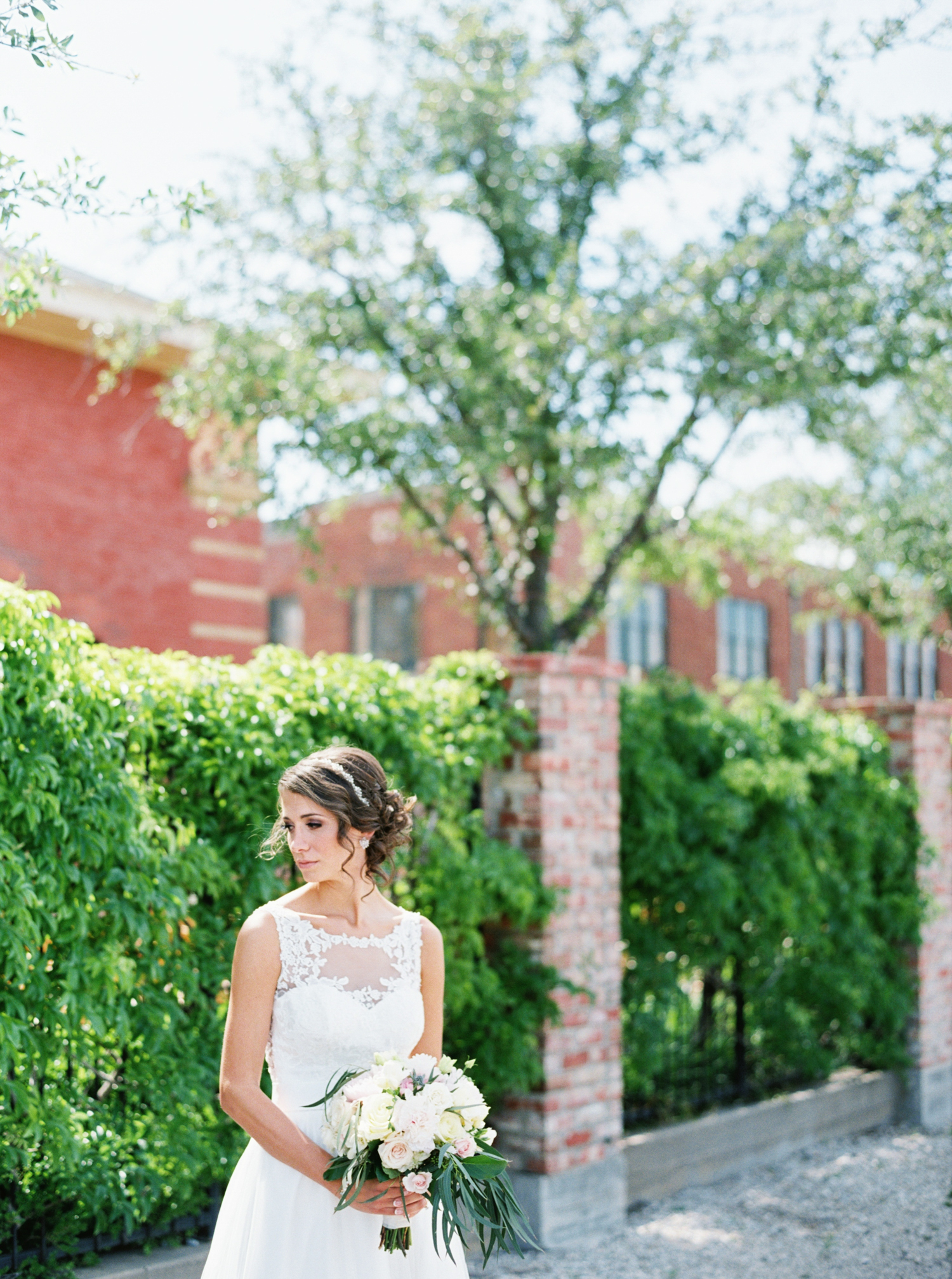 AUSTIN WEDDING PHOTOGRAPHER PHOTO-105.jpg