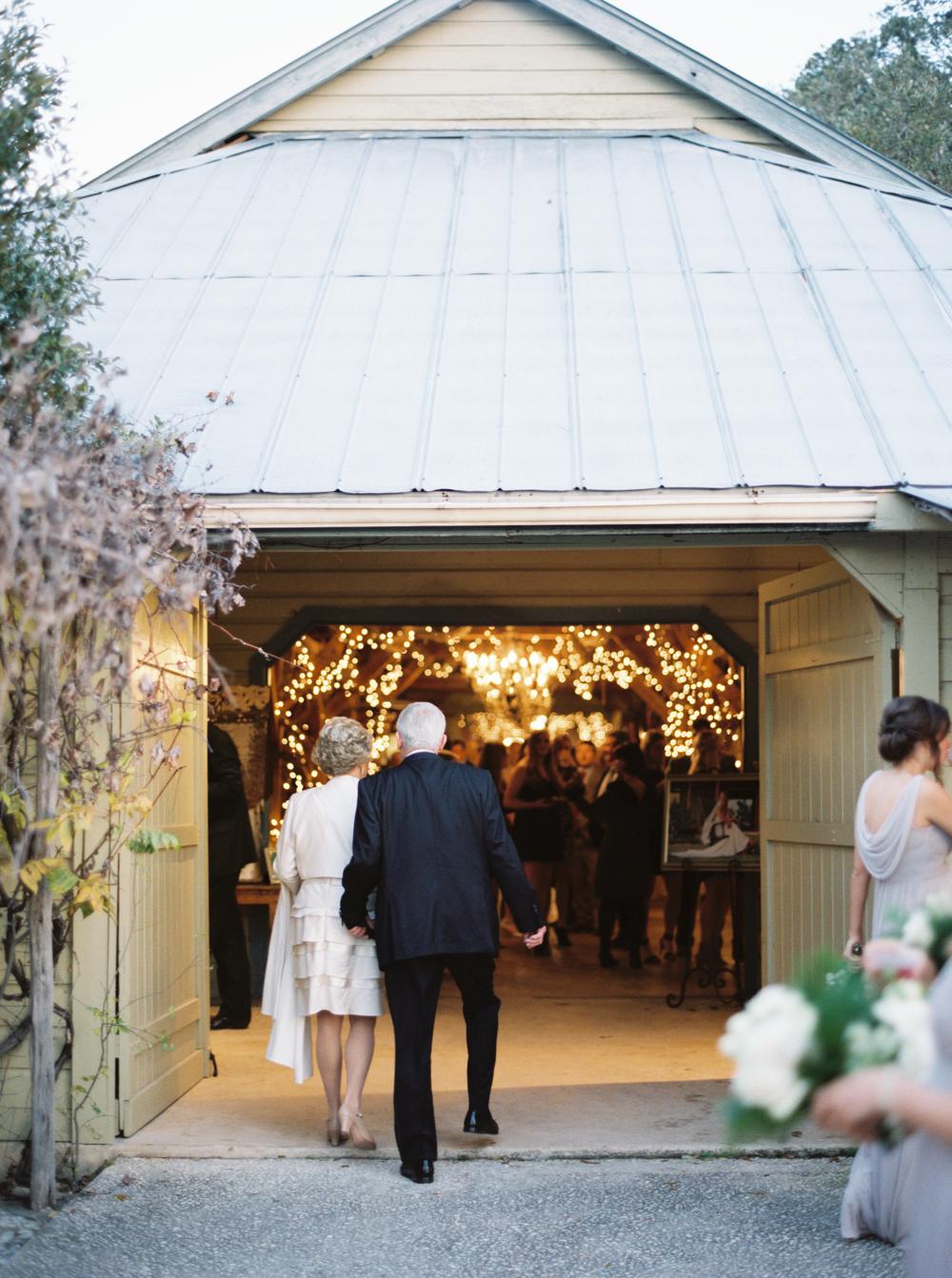 BOERNE WEDDING PHOTOGRAPHER-51.jpg