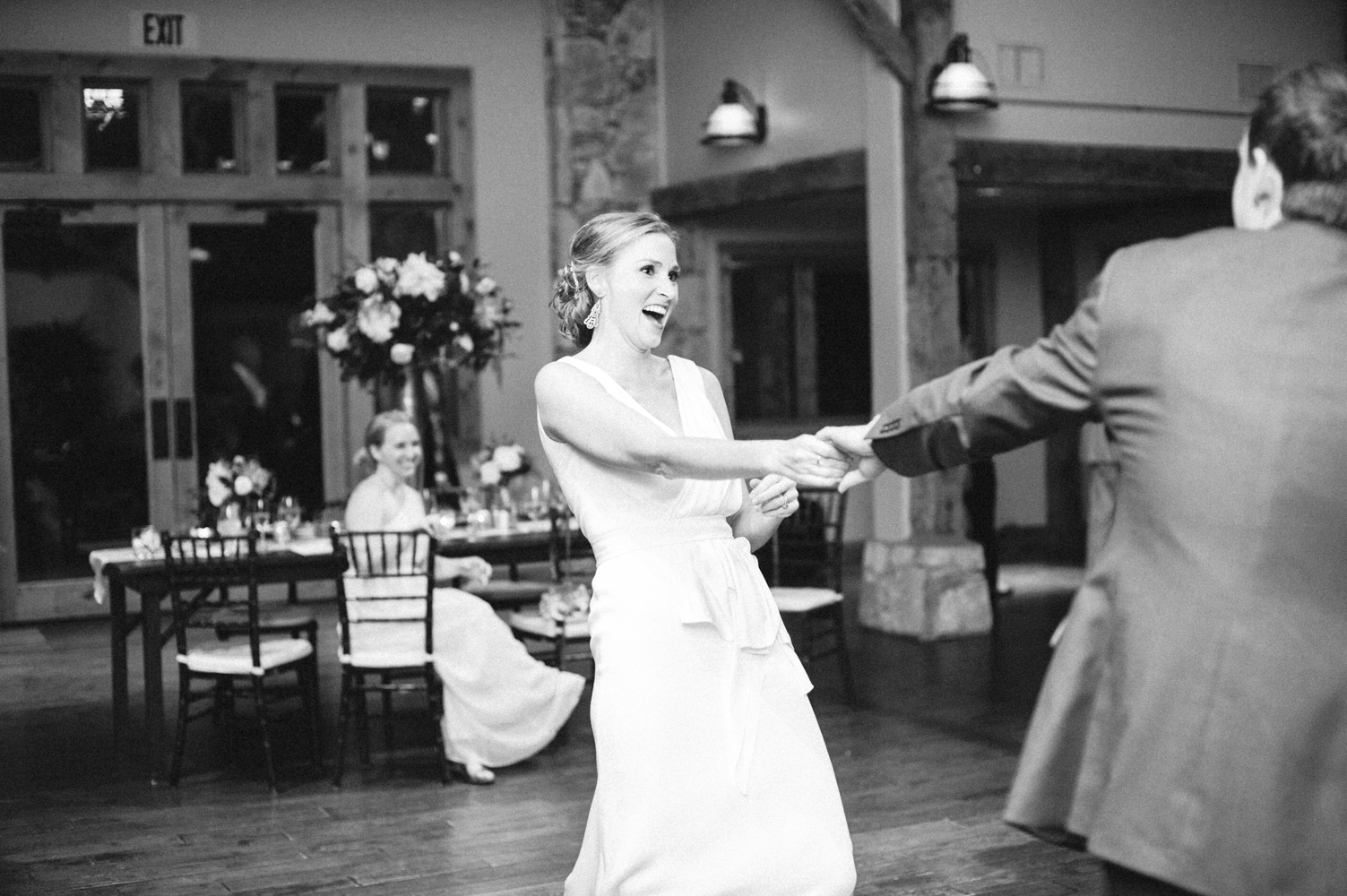 AUSTIN WEDDING PHOTOGRAPHER-13.jpg