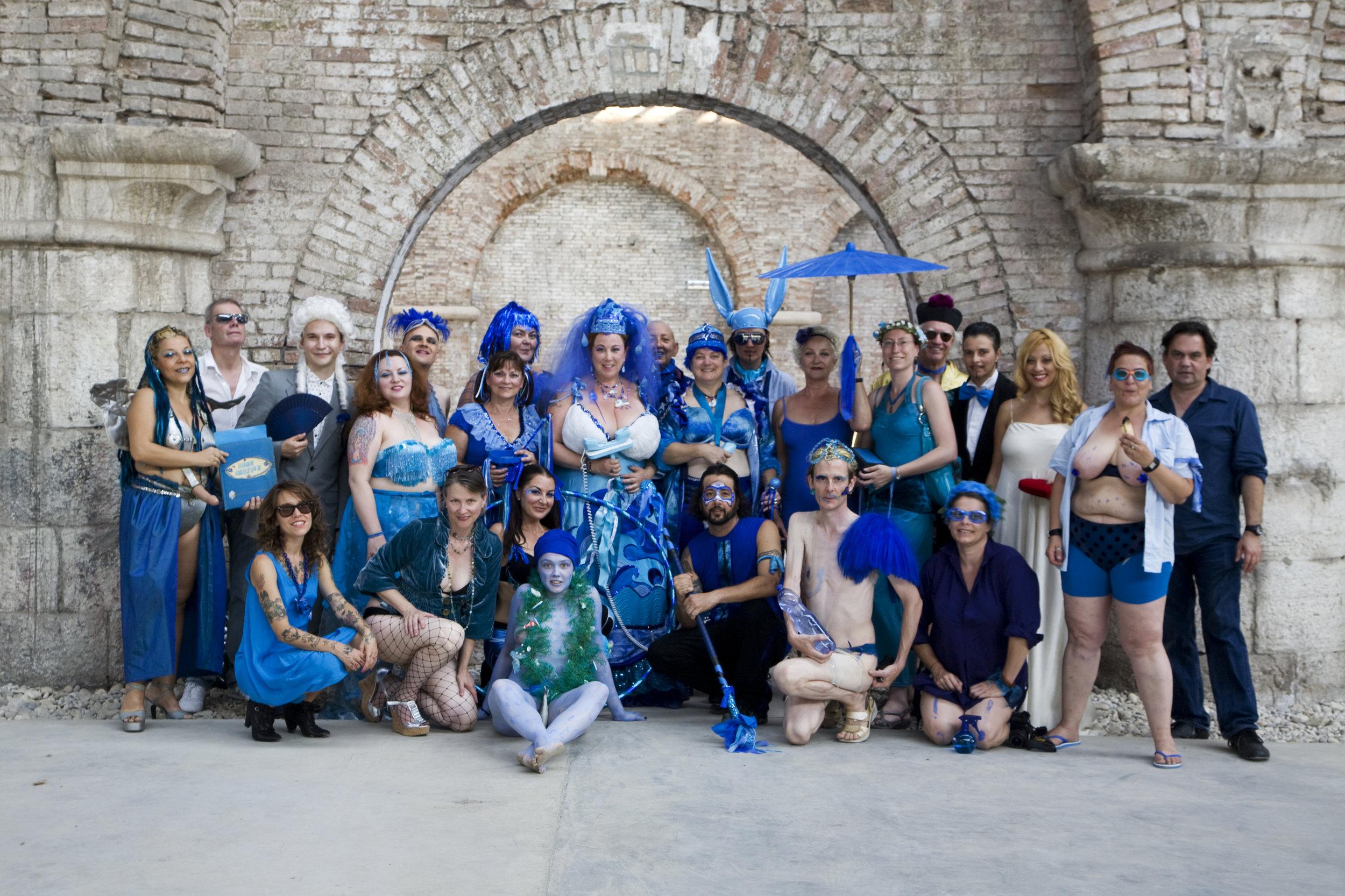 blueweddinggrouppress.jpg