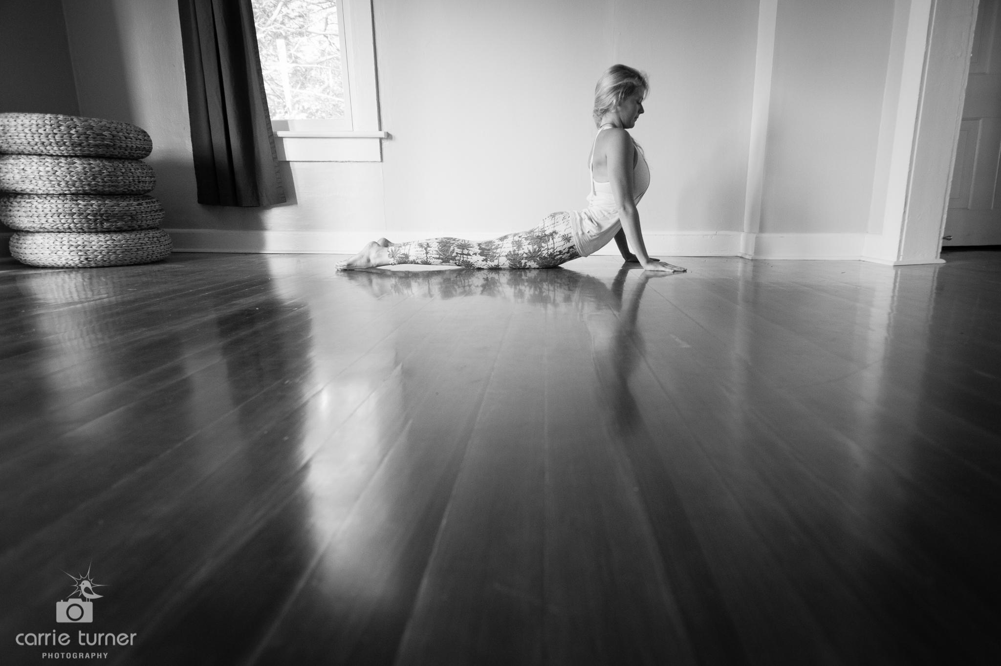 Maggie_yoga and portraits-28.jpg