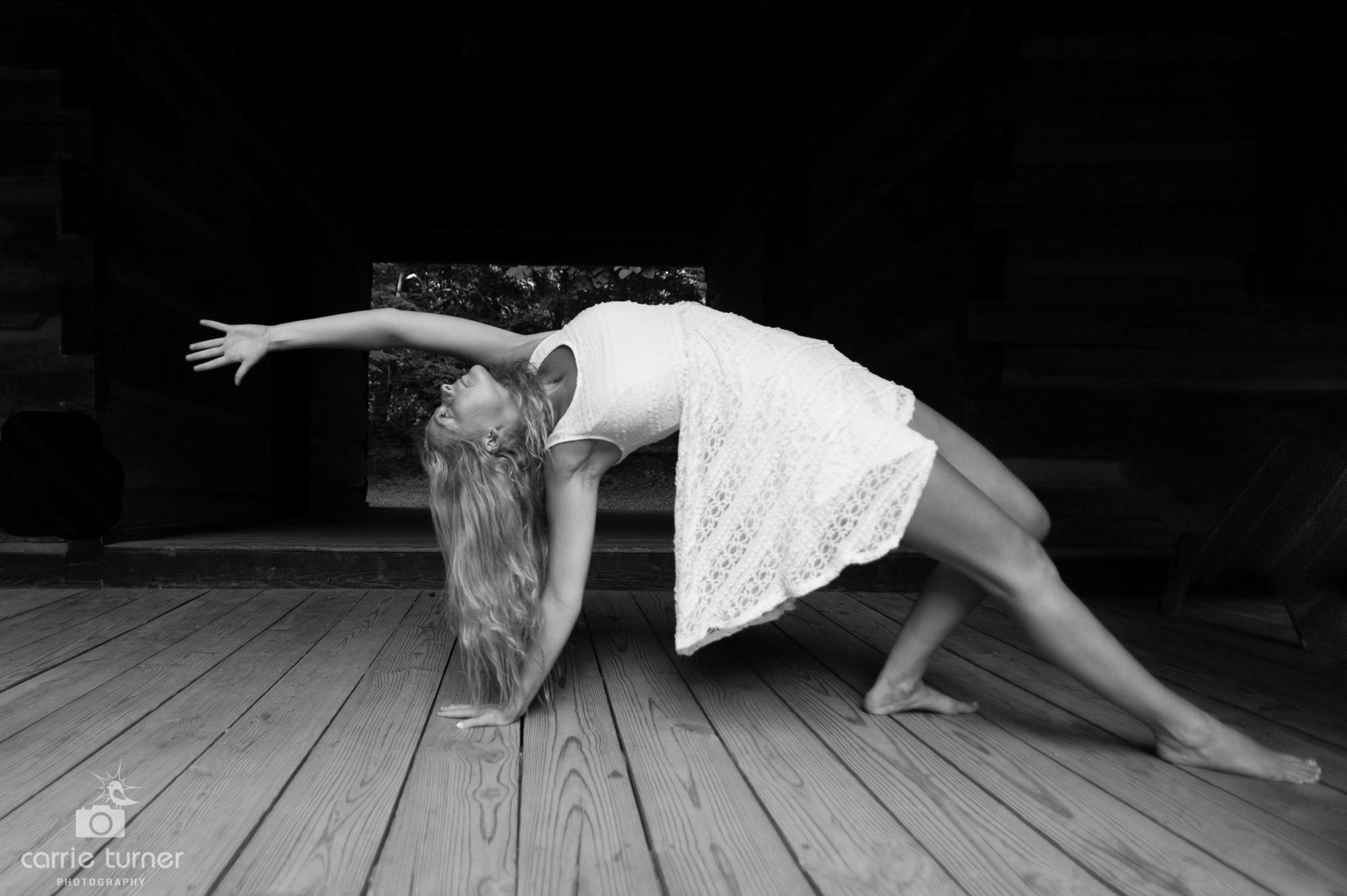 Maggie_yoga and portraits-204.jpg