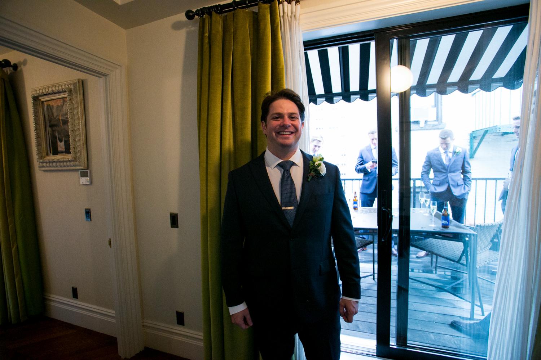 HeatherPhelpsLipton-Modern-Wedding-Photography-TribecaRooftop-ChurchOfTheAscension-40.jpg
