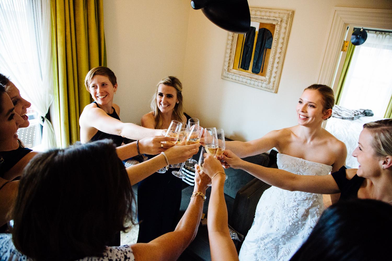 HeatherPhelpsLipton-Modern-Wedding-Photography-TribecaRooftop-ChurchOfTheAscension-31.jpg