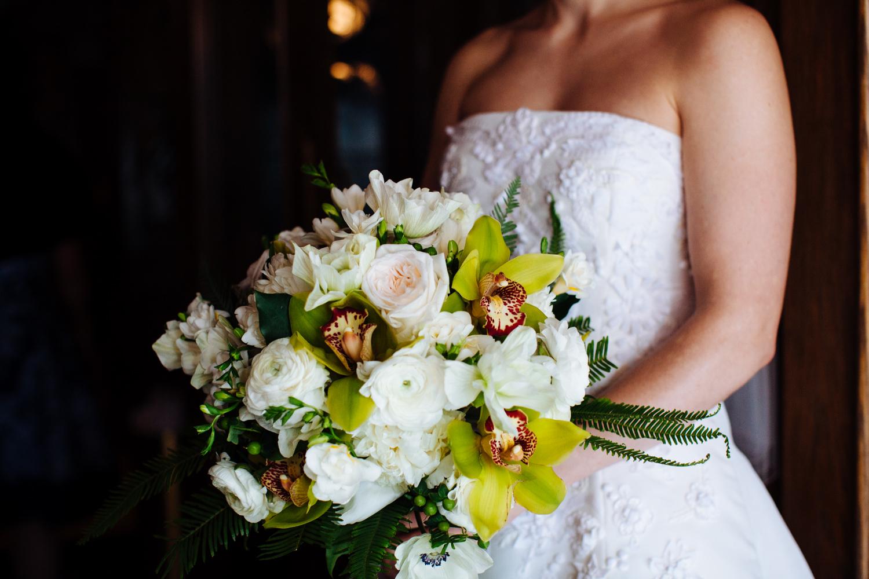 HeatherPhelpsLipton-Modern-Wedding-Photography-TribecaRooftop-ChurchOfTheAscension-26.jpg