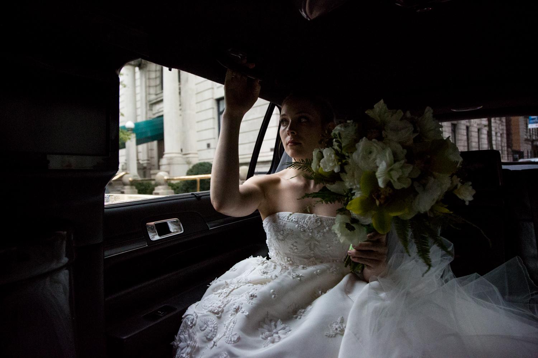 HeatherPhelpsLipton-Modern-Wedding-Photography-TribecaRooftop-ChurchOfTheAscension-23.jpg
