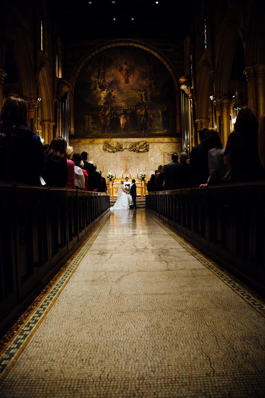 HeatherPhelpsLipton-Modern-Wedding-Photography-TribecaRooftop-ChurchOfTheAscension-16.jpg