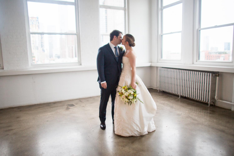 HeatherPhelpsLipton-Modern-Wedding-Photography-TribecaRooftop-ChurchOfTheAscension-11.jpg